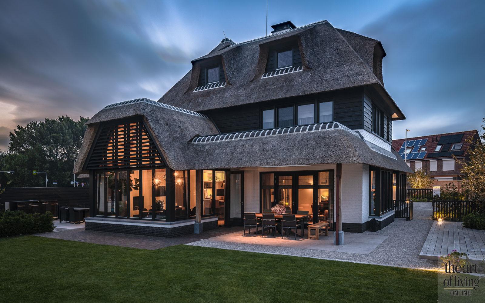 Rieten dak   Bouwbedrijf van Leent, the art of living