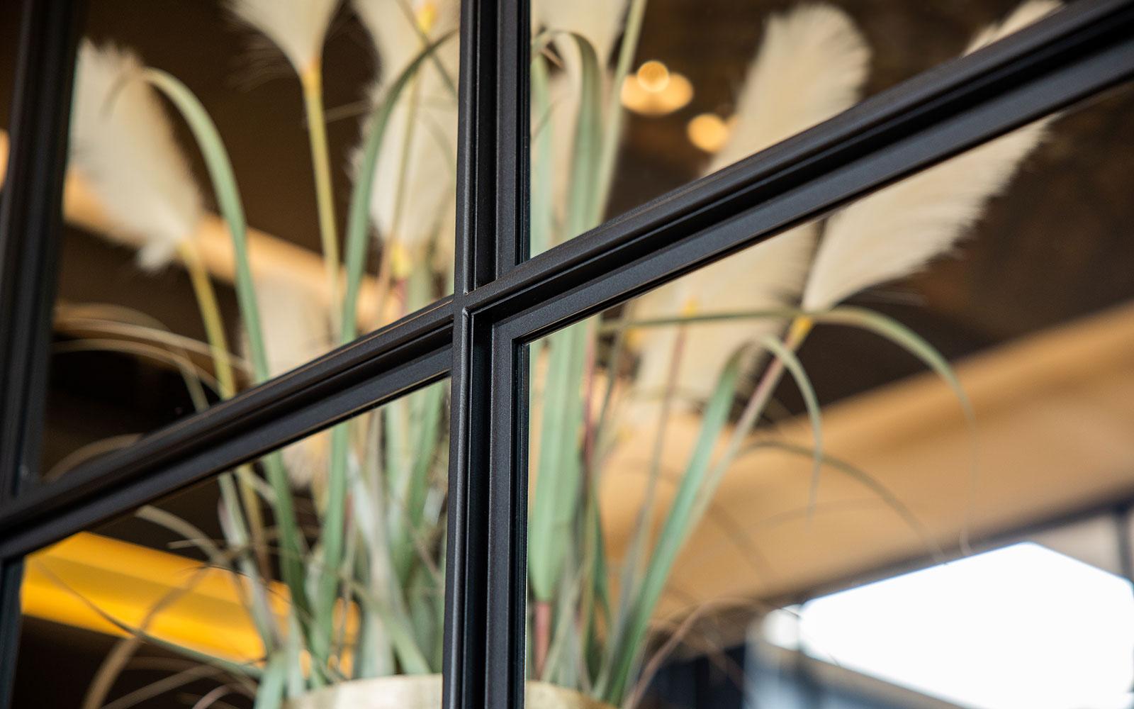 taatsdeur, De Rooy Metaaldesign, deur, The Art of Living